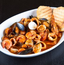 Mussels, Clams & Shrimp in Red Wine